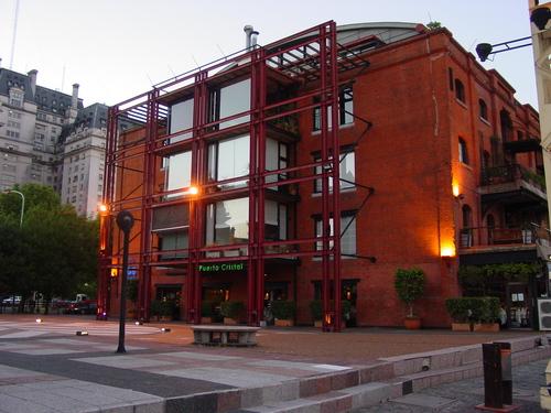 Ba_puerto_madera_building