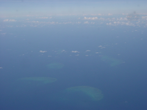 cairns_great_barrier_reef_from_plane