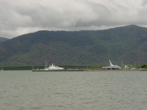 Cairns_port