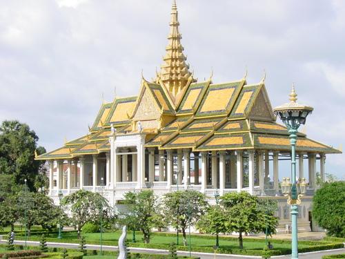 Phnom_phen_royal_palace_iii