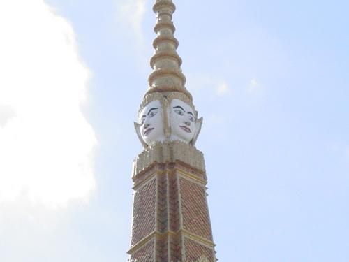 Phnom_phen_royal_palace_v