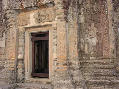 Siem_riep_phnom_bakheng_temple