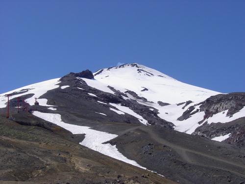 Pucon_volcano_summit
