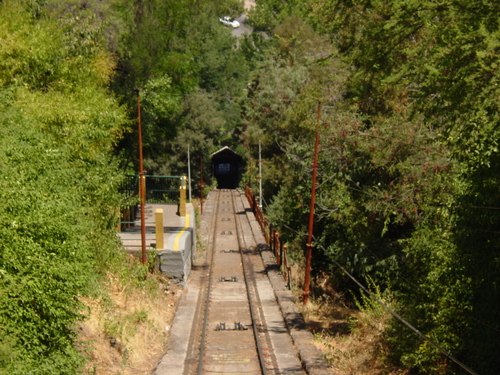 Santiago_funicular_tracks