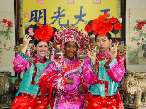 Beijing_new_summer_palace_dressup_cynthi_5