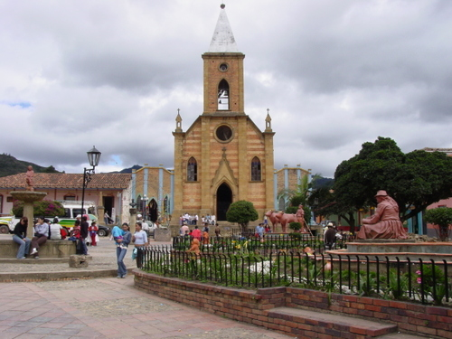 Raquira_church