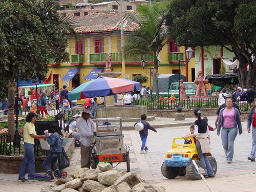 Raquira_square