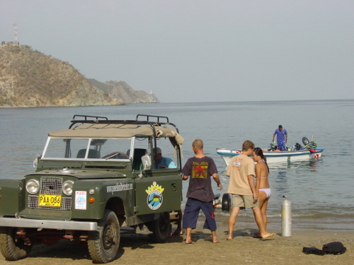 taganga_dive_jeep_and_boat