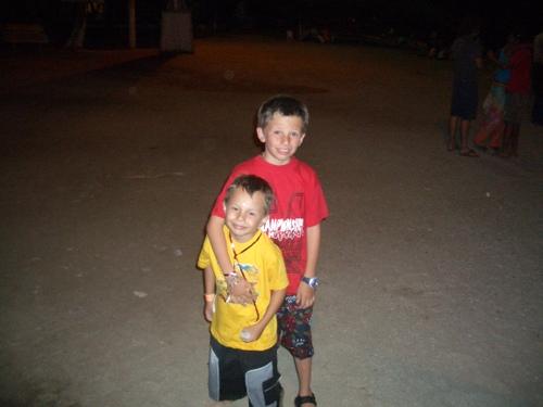 Taganga_nye_beach_kids