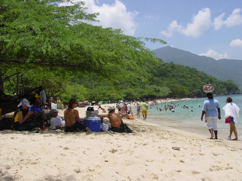 taganga_playa_cristal_beach