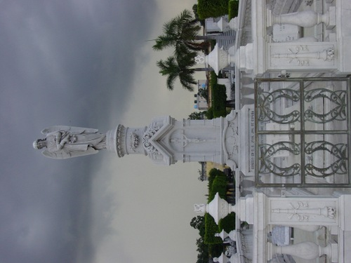 Havana_cemetery_iii