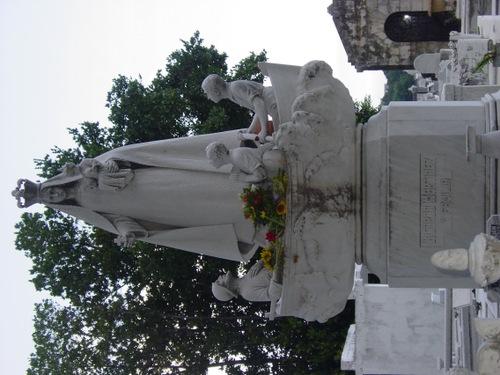 Havana_cemetery_iv