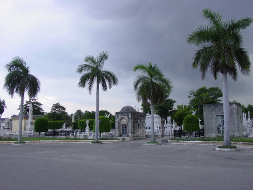 Havana_cemetery_vii
