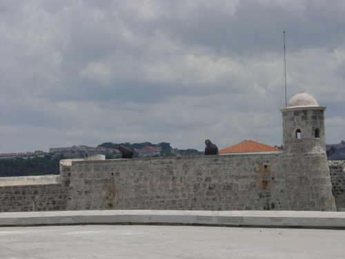 Havana_fort_closer