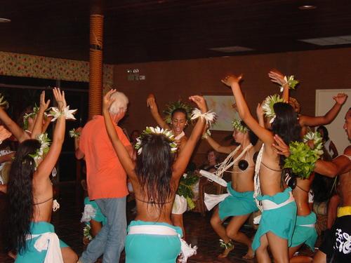 Dancers_v