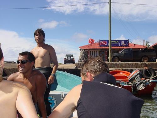 Scuba_boat