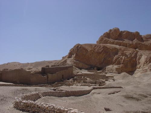 Luxor_deir_albahri