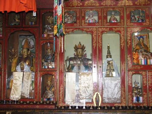 Darjeeling_tibetan_self_help_refuge_temp