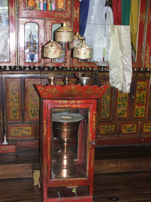 Darjeeling_tibetan_self_help_refuge_temp_1