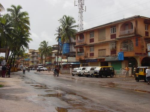 Goa_calungate_road