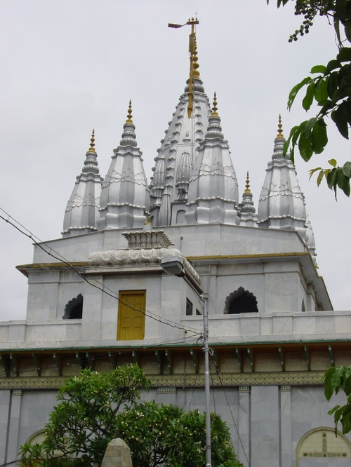 Kolkata_parenshnath_jain_temple_xi