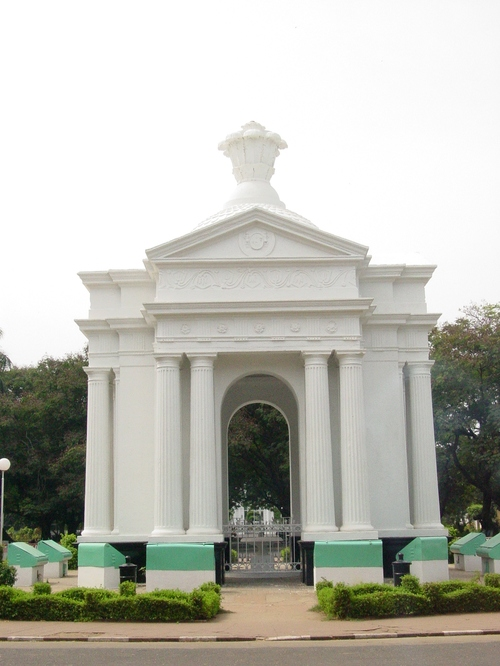 Pondicherry_monument