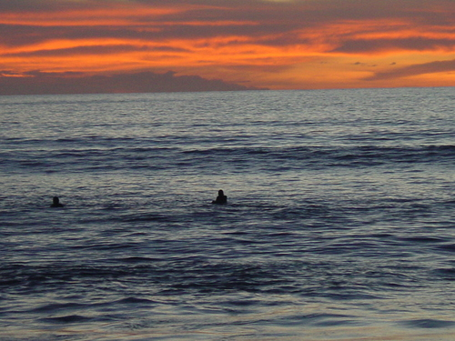 Bali_surfer_sunset