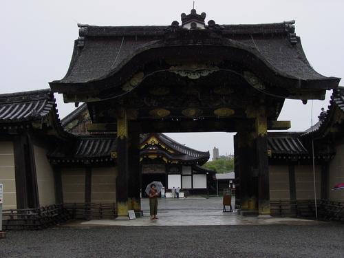 Kyoto_nijojo_castle_i