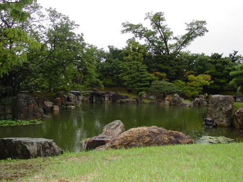 Kyoto_nijojo_castle_v