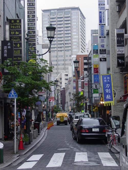 Tokyo_akasaka_streets
