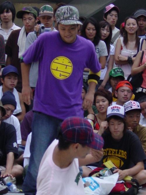 tokyo_dance_dance_2005.