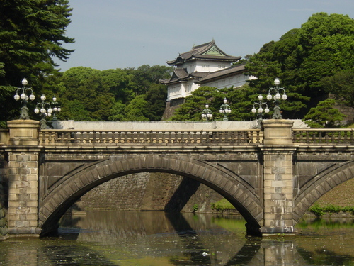 Tokyo_imperial_palace_grounds_ii