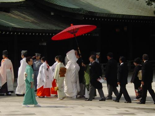 Tokyo_meiji_jingu_park_procession_ii