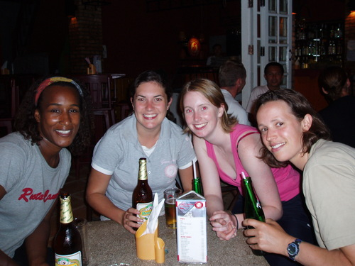 Vang_vieng_sanyu_kate_michelle_nd_joanne
