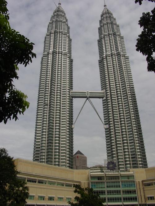 Kl_petronas_towers