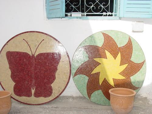 Fes_pottery_ceramic_tables