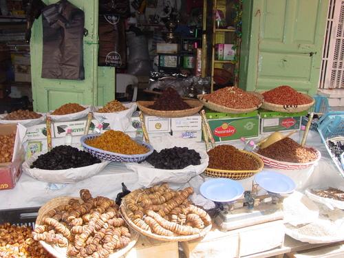 Sefrou_market_spices
