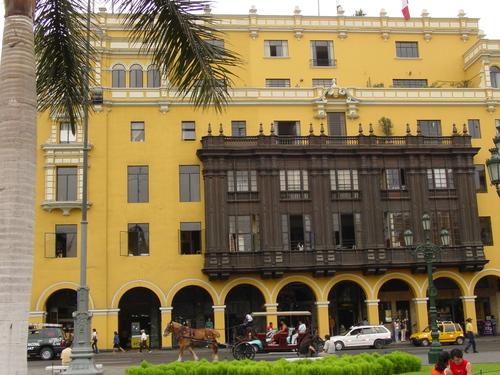 Lima_plaza_des_armes