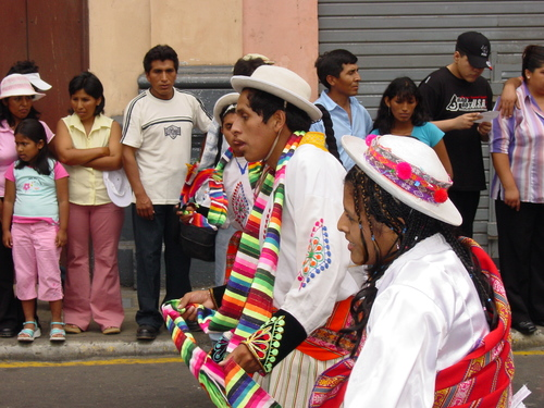 Lima_plaza_des_armes_parade_viii