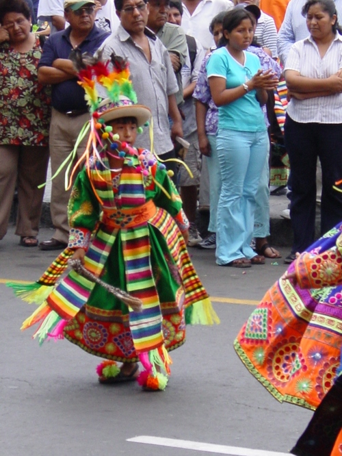 Lima_plaza_des_armes_parade_xiv