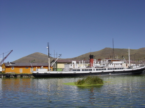 puno_old_steam_ship