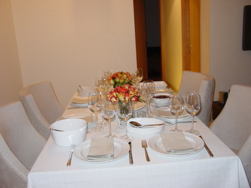 Singapore_thanksgiving_table_i
