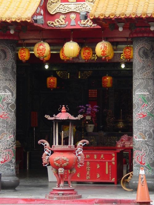 Taipei_confucious_temple_i