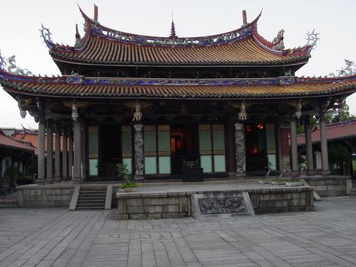 Taipei_confucious_temple_iii