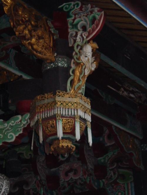 Taipei_confucious_temple_ix