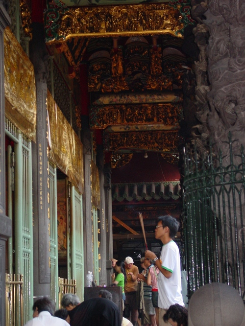 Taipei_longshan_temple_viii