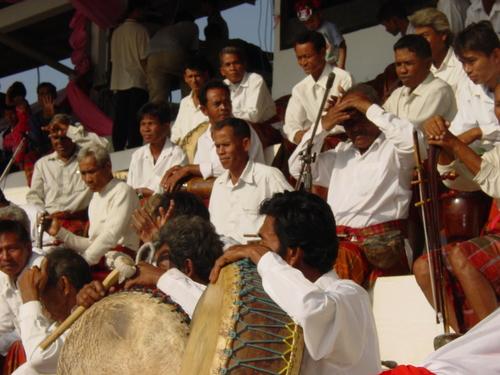 Surin_elephant_festival_band