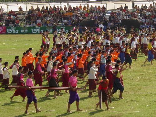Surin_elephant_festival_kids_dancing_i