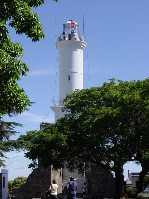 Colonia_lighthouse