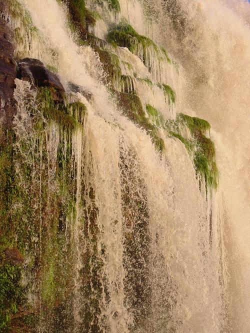 Canaima_acha_falls